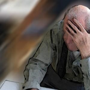 Los mayores deben tomar precauciones para no ser víctimas de robos y otros abusos