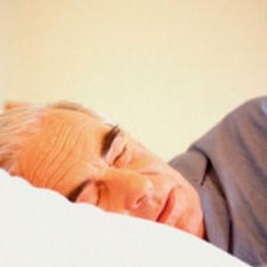 El insomnio o sueño fragmentado en el mayor puede tener consecuencias en su salud.